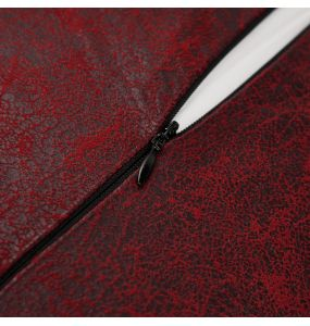Red 'Gothic Cozy' Decorative Pillowcase