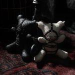 Gothic Dark Taboo Bear Blanc