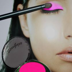 UV Pink Eyeshadow